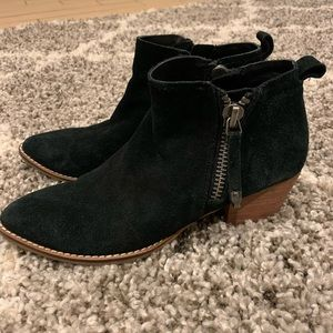 Dolce Vita Suede Booties Black Size 6